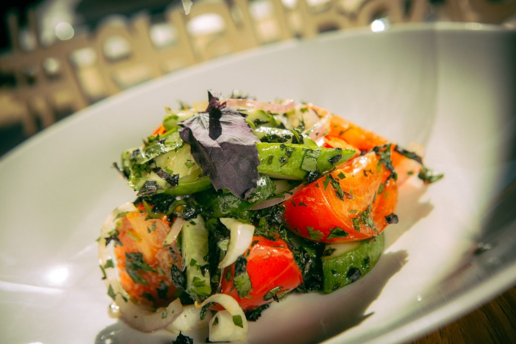 Салат овощной по-грузински